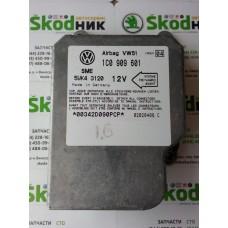1C0909601 Блок управления подушек безопасности