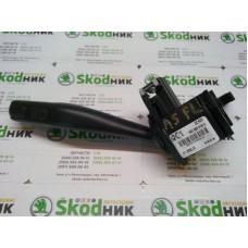 1K0953519C Подрулевой переключатель поворотов и света фар OCTAVIA A5
