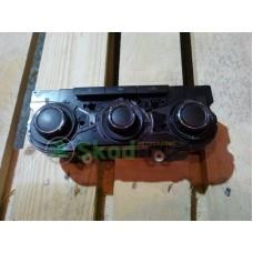 3T0820047R WHS Блок управления климат-контроля Skoda Octavia A5 FL Superb Yeti