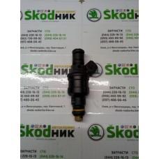 06A906031 VAG Форсунка топливная Bosch 0280150464