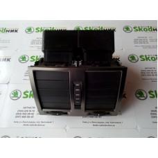 3U0819203A Дефлектор воздушный задний Skoda Superb