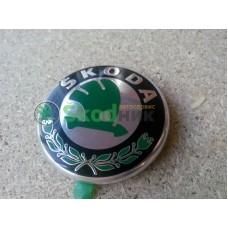 1U0853621C Эмблема логотип Skoda