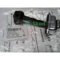 6Y0837249F Фиксатор ограничитель двери передней Skoda Fabia