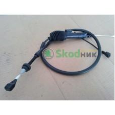 701721555M Трос газа привода дроссельной заслонки VW Transporter T4